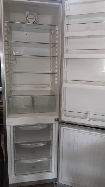 Холодильник Liebherr Ces 4023.